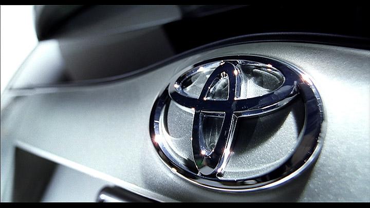 Peter Lang - Toyota Prius - Daylight